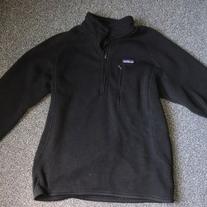 men's black Patagonia 1/4 zip pullover